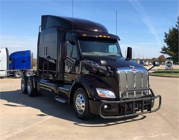 ◄◄◄ 2017 Peterbilt 579 Sleeper Semi Truck w/ WARRANTY! ►►►