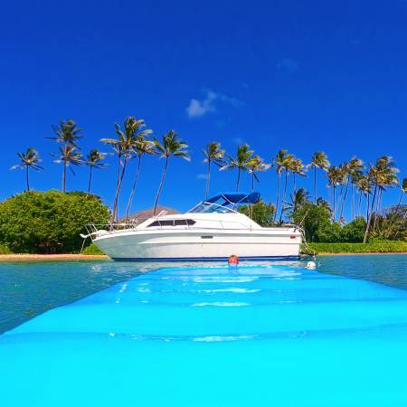 HAWAII PRIVATE BOAT CHARTERS