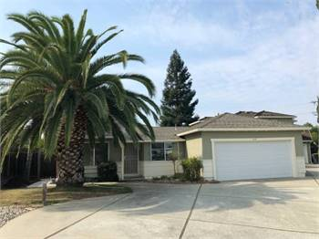 2br - 1300ft2 - Quiet 2 bedroom, 2 bath home, 2 car garage