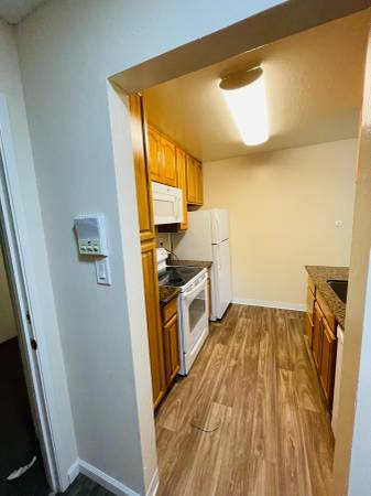 1br - 1 Bed 1 Bath Apartment Available