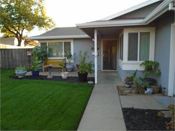 3br - JUST REDUCED! Just under 3rd of acre and dream home