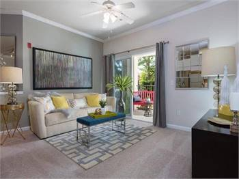 2br - 970ft2 - Luxurious 2 Bedroom Apartments Available For 2021!