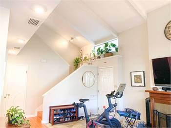 3br - 1273ft2 - Cozy 3 Bedroom/2.5 Bath Townhome