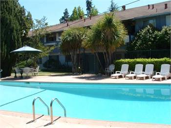 1br - 750ft2 - INDOOR CATS ALLOWED, Beautiful Garden Community with Pool
