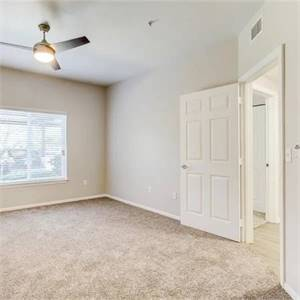 2br - 1097ft2 - TV Theater Room, Clubhouse with Fireplace, WiFi Available