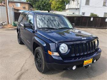 2014 Jeep Patriot Sport 4dr SUV **Free Carfax on Every Car**