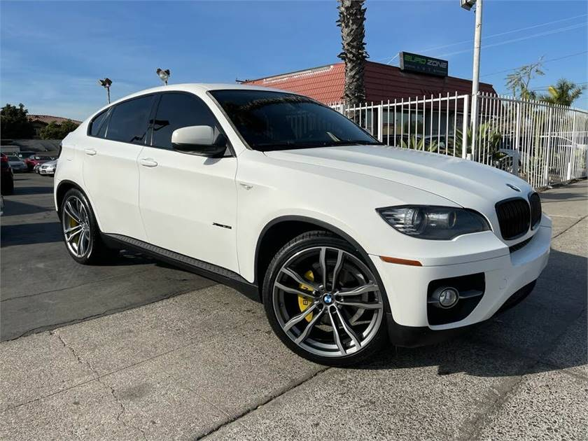 2011 BMW X6   xDrive 35i AWD with 67980 miles Clean title